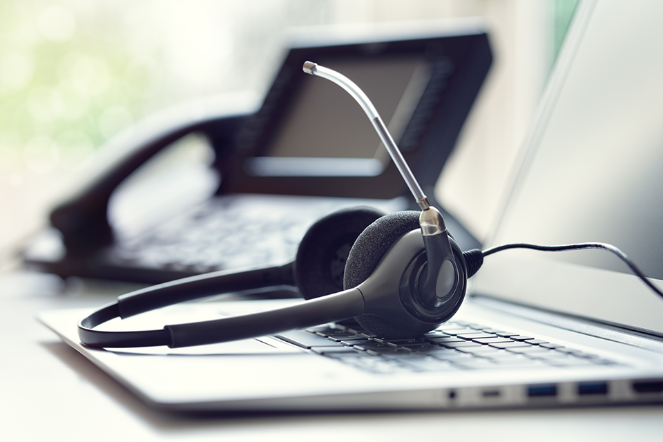 Purchasing headsets for call centers | talkbase blog
